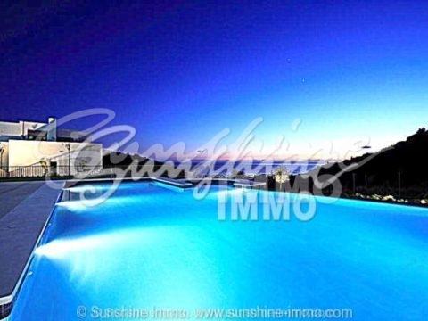 Luxury 2-bedroom Penthouse with stunning Sea Views in Los Monteros Altos (Marbella)