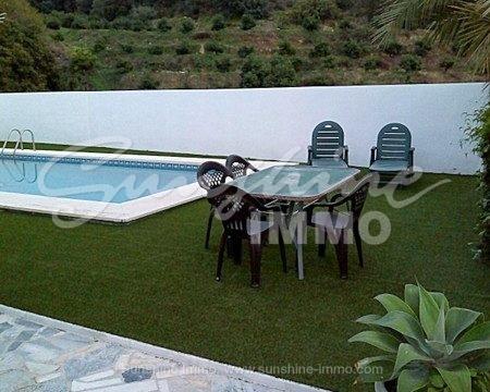 Casa de campo rustica de 200 m2 en una parcela de 400 m2 cerca de Alhaurin Golf