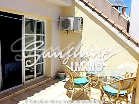 This fully furnished, 151 m2 large townhouse is situated in Las Cañadas/Mijas-Costa near to Restaurants,