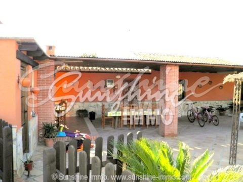 Beautiful rental property in the countryside from Coin