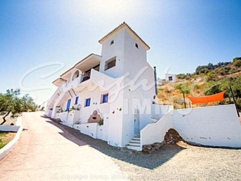 Do not miss this opportunity when you always dreamed of your own Hacienda with private villa and 7 apartments to run a really lovely Bed and Breakfast.