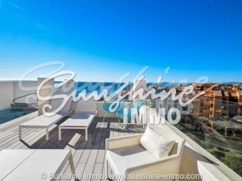 Exclusive and very luxury penthouse duplex with private pool at direct beach frontline in Estepona