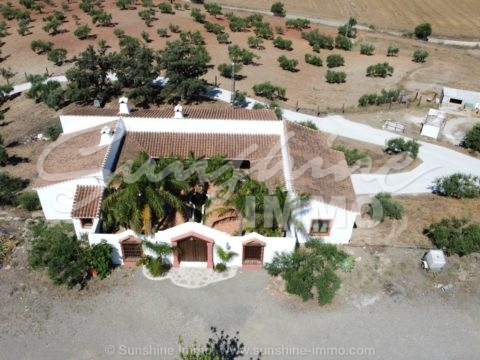 Beautiful Finca on a plot of  21000m2, 3 bedrooms, OCA license for 5 horses, stables, picadero. Horse lovers. Coin, Inland Costa del Sol, Malaga.