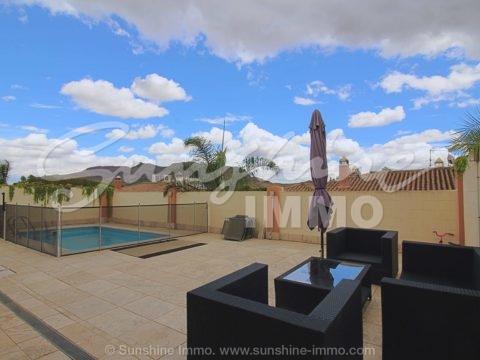 Precioso pareado de 120 m2 en una sola planta, muy luminoso en un entorno tranquilo y a tan solo 15 min de Malaga.
